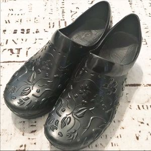 Dansko Nursing Clogs Hard Plastic Floral Shoes 40